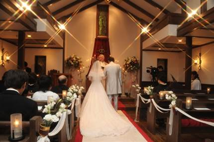 社会人なら知っておきたい!友人への結婚祝い!金額の相場とは?