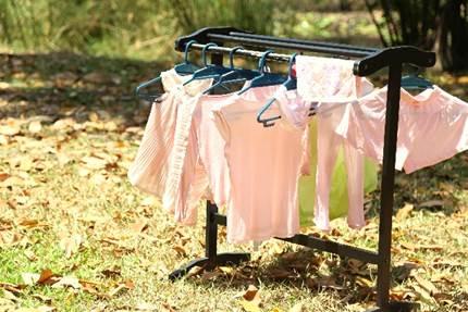 なかなか乾かない!梅雨時期の洗濯物!乾かし方の裏技とは?