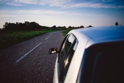 忙しいなら絶対に代行!引越しの時の車の手続きは確実に!