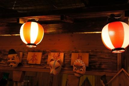 浅草の酉の市を出店で楽しむ!集中している場所や時間とは?