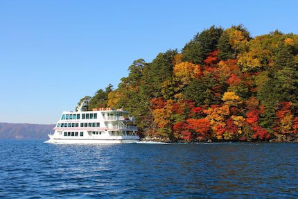 十和田湖の遊覧船